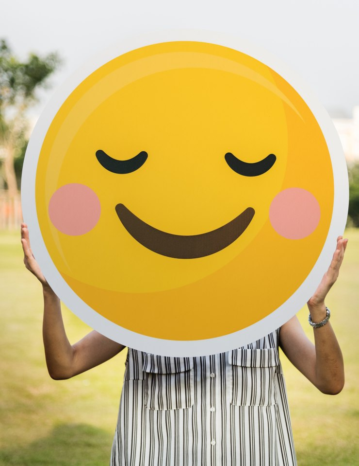 Happy and blushed large emoticon bright yellow